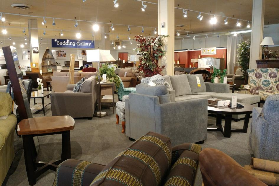 Gows,furniture,sectional,chairs,sofa